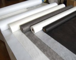 Loại có keo (Fusible Interlining)